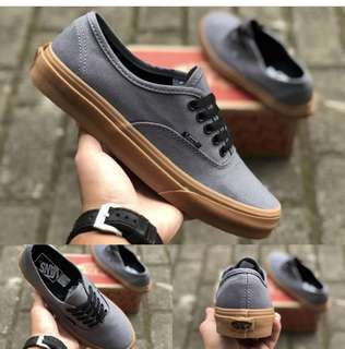 Vans authentic grey gum