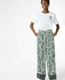 Monki Leaf Printed Highwaist Pants