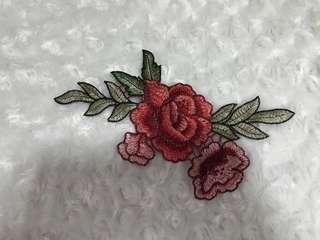 INSTOCK rose applique
