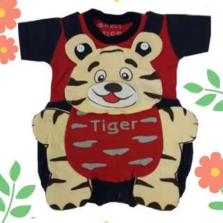 Newborn Little Tiger Dungeree +Tee