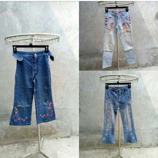 Celana jins bersulam cantik untuk ABG