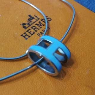 Hermes淺藍色頸鏈