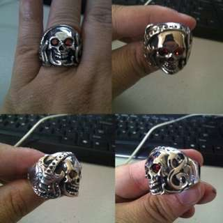 Cincin Rock Headsets Skull Red Eye Stainless Steel