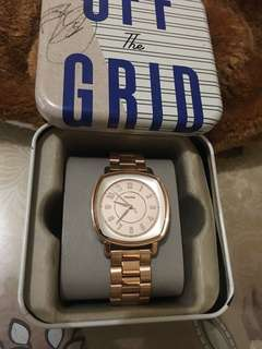 💯Original Fossil ladies watch! Bought in US🇺🇸.Color rosegold with tag price.Money back guarantee po if proven fake!