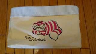 Alice in wonderland 收納袋