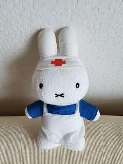 Miffy 護士公仔 (巳絕版)