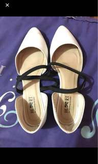 "Flatshoes wanita ""little things"""