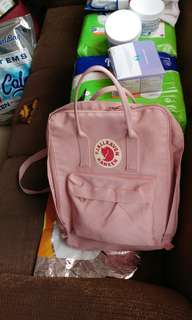 Fjallraven Kanken Bag (fixed price)