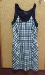 Forever 21  slim fit dress