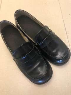 🚚 制服皮鞋(女款)