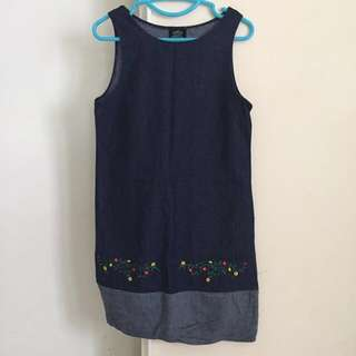 High quality denim dress with embroidered pattern