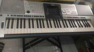 Keyboard Yamaha PSR 3000 mulus!