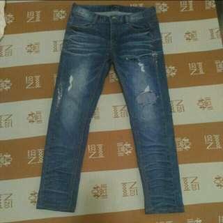 🚚 韓製藍色刷破牛仔褲
