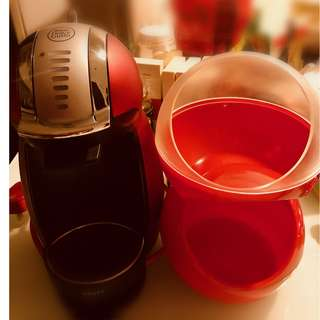 Krups Dolce Gusto Genio 2 Automatic Coffee Machine - Red