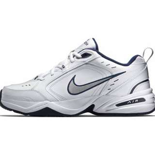 NIKE Air Monarch IV Trainers