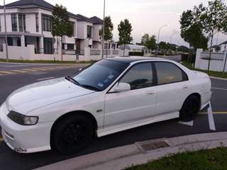 Honda Accord 1995 A 22