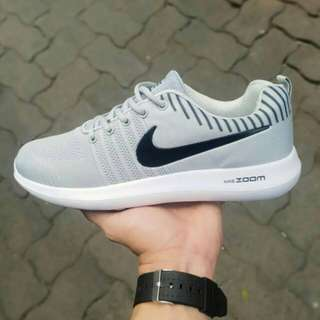Nike Running Premium