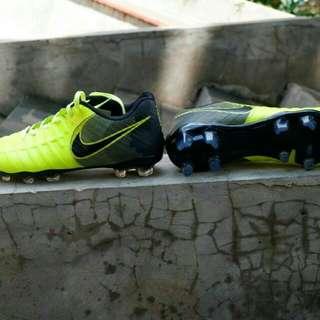 Nike tiempo soccer