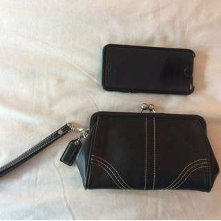 Like New Coach Leather Medium Turnlock Purse Wristlet Clutch