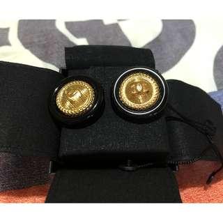 最新款 Chanel 型格耳環 ( 100% NEW)