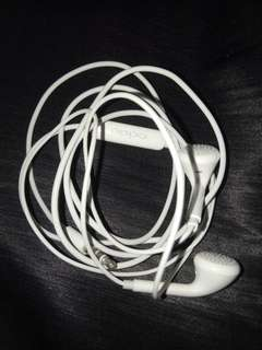 Authentic Oppo headset bnew