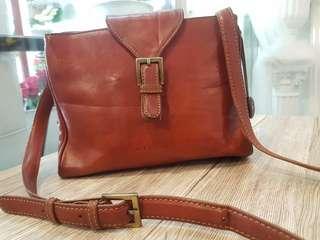 Nicole Genuiner Leather