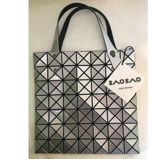 Bao Bao Issey Miyake 7x7 Tote Bag (出走價$2280減至$1800)