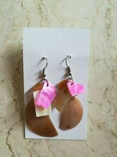 Multicolor Shell drop Earrings