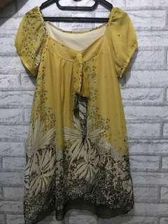 Mini yellow dress