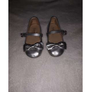 PRELOVED BABY GIRL DOLL SHOES