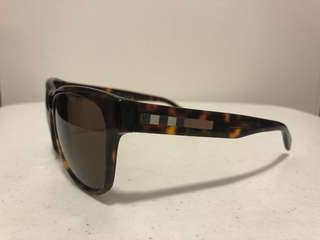 Authentic Burberry Wayfarer Sunglasses