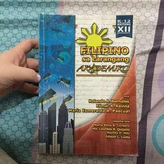 Filipino sa larawang akademiko