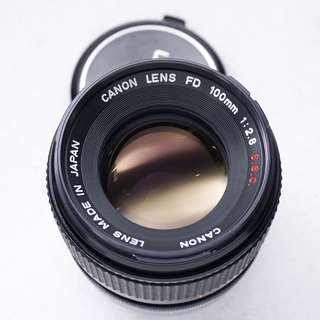 Canon 100mm f2.8 S.S.C FD mount manual focus lens