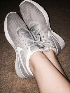 Authentic Nike Tanjun Shoes