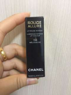 Chanel Rouge Allure 136