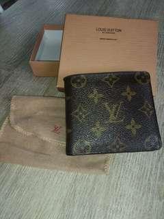 Louis Vuitton wallet 😱😱😱😘😘😘