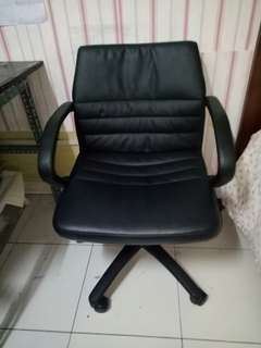 Office chair with arm rest wide chair