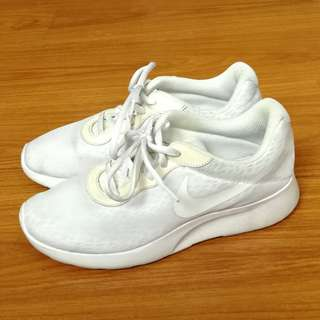 Authentic Nike Tanjun White