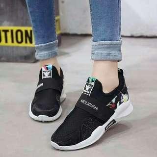 #預購 #女鞋 新款休閒內增高百搭透氣單鞋 420元 顏色👉黑、白 尺碼👉35-40