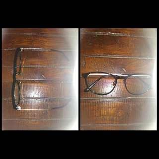 Dijual kacamata normal merk Dr. Specs asli Korea. Jual rugi aja bradsist☺️