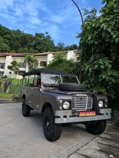 "Land Rover 109"" Series 3, 4 door - petrol"
