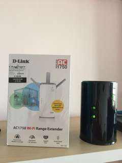 Brand New D-Link Range Extender and Used D-Link Router
