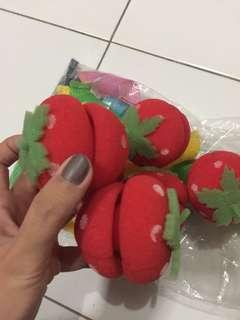 Roll rambut strawberry 5pcs