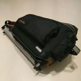 Ibera Commuter Bag with Seatpost-Mounted Carrier