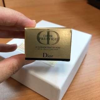 Dior 迪奧【精萃再生花蜜氣墊粉餅精巧版 #020】