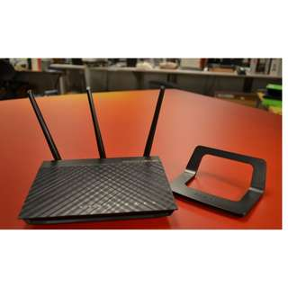ASUS RT-AC66U AC1750 WIFI ROUTER