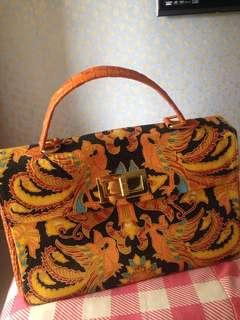 tas branded ( batik + kulit )