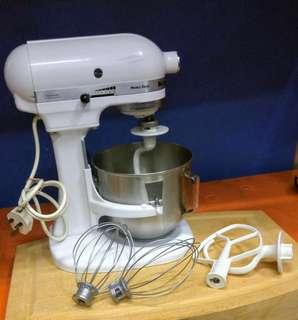 @Used KitchenAid Heavy Duty Series 5-Quart Stand Mixer