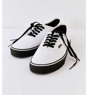 🚚 Vans True White (Black Sole) 韓國購入