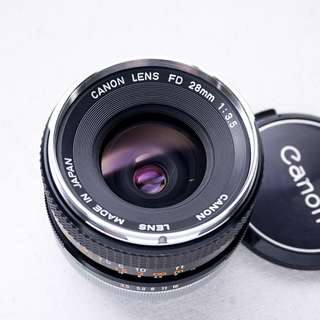 Canon 28mm f3.5 FD manual focus lens